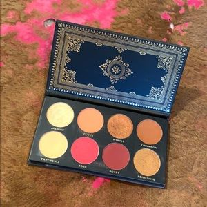 ACE BEAUTĒ EYESHADOW GRANDIOSE PALETTE